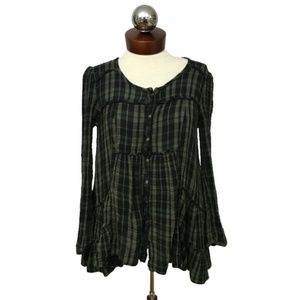 FREE PEOPLE crinkle plaid frayed peasant top S Fre